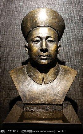 """所属类别 : 其他 邓世昌雕像位于""""天河公园""""内,邓世昌衣冠冢前,雕像"""