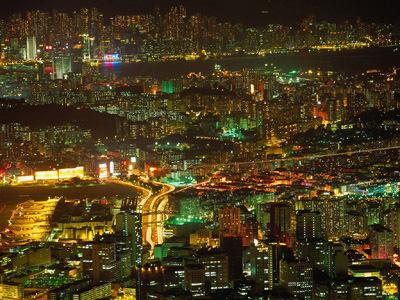 """《展拓香港界址专条》,""""香港的姐妹""""九龙半岛其余部分划为""""新界"""",租给"""
